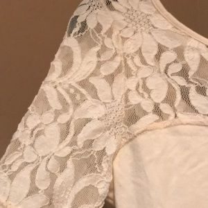 Free People Tops - NWT! Free people top with beautiful lace detail